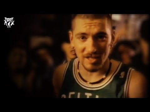 House of Pain - Jump Around (Music Video)