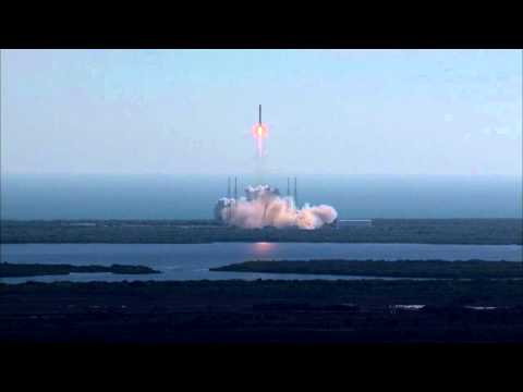 Falcon 9 launches Dragon spaceship