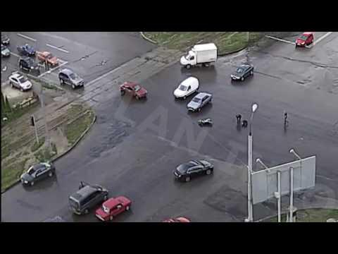 ДТП на перекрестке ул. Академика Павлова — ул. Валентиновская (23-07-2016)