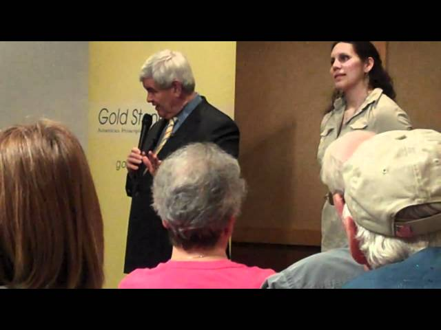 Iowa Tea Party Member Asks Gingrich if Obama a Muslim
