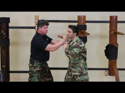 Army Self-Defense Techniques : Kung Fu for General & Military Applications Image 1
