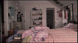 Paranormal Activity 4 - PARANORMAL ACTIVITY 4 - Official Film Clip -