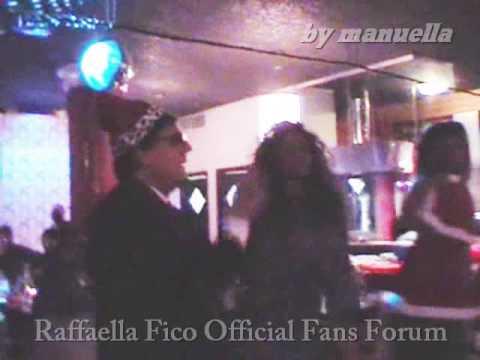 Raffaella Fico alla festa raduno babbi natale 2008