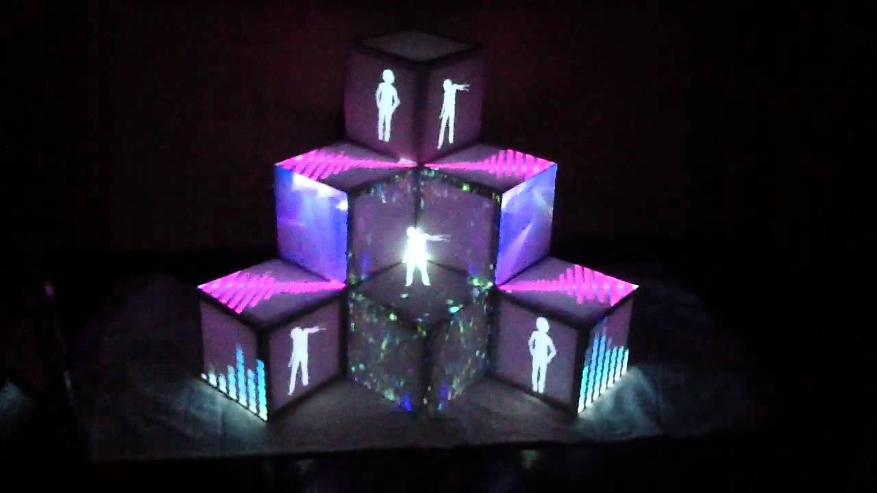 Projection Mapping Cubes Mapping on Cubes