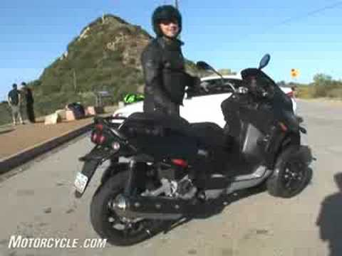2008 Piaggio MP3 500 Scooter Review