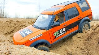 RC Car OFF Road Sands Storm — Land Rover Discovery LR3 - MST CFX – The female driver