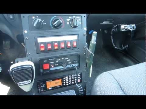 2004 ford crown victoria - Police Scanner & Cb Radio On