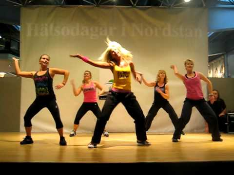 Waka Waka Zumba Annelie video