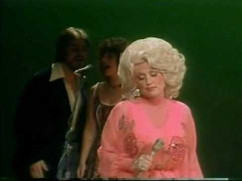 Dolly Parton :: It's All Wrong But It's All Right video