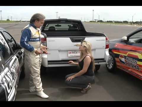 """Vaga """"apertada""""? Aprenda Como estacionar com o piloto Carlos Cunha"""