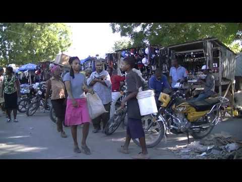 Cabaret, Haiti -- street view