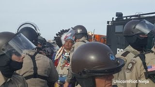 Police Violently Clearing Dakota Access Pipeline Protesters