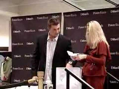 Troy Tulowitzki - Signing Autographs at Dillard's Video