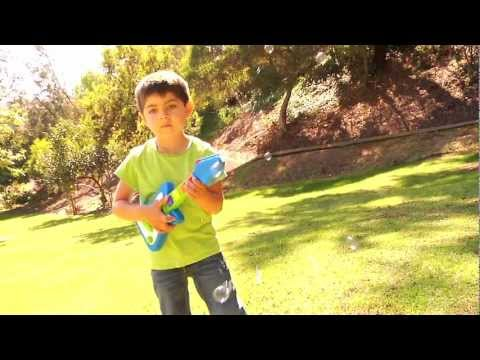 Little Kids Inc Fubbles™ No-Spill® Bubble Guitar