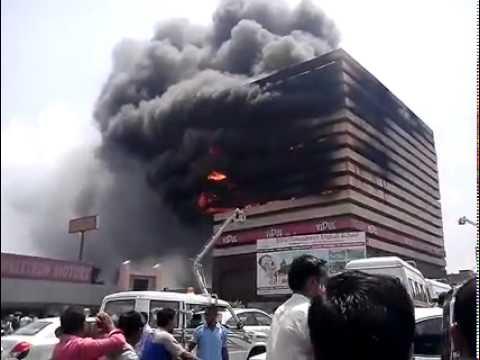 Fire in surat textile market 29-5-2014