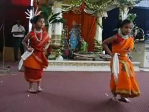 Barsha And Diya Oriya Sambalpuri At Riverside video