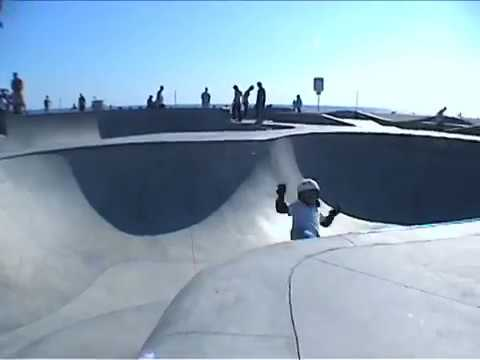 6 year old skateboarder Asher Bradshaw at Venice Beach Skatepark