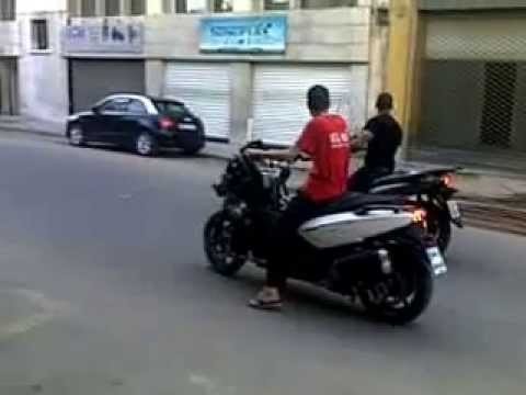 test speed honda sh 300 vs gelera gp 800 part 2 youtube. Black Bedroom Furniture Sets. Home Design Ideas
