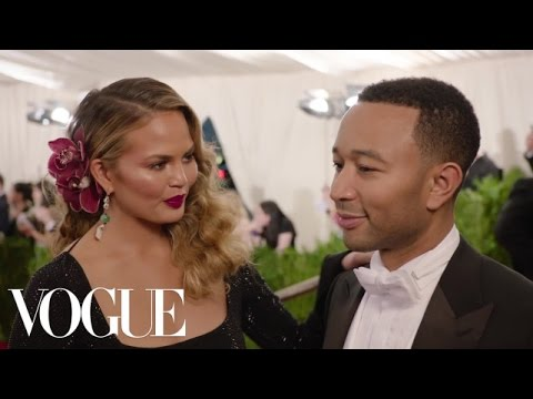 Chrissy Teigen and John Legend at the Met Gala 2015 | China: Through the Looking Glass