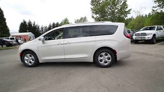 2017 Chrysler Pacifica Touring L Plus | Tusk White | HR759775 | Redmond | Seattle |
