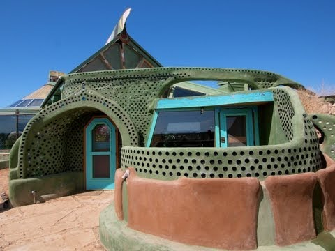 """Earthship Biotecture"": Renegade New Mexico Architect's Radical Approa..."