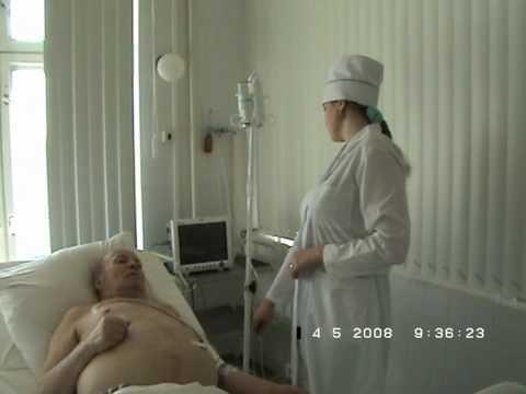 Фото под халатом у медсестры