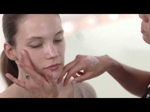 Beauty Tutorial: Long Haul Flight Skincare Routine