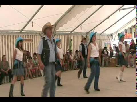 Pick A Ball Danse Country