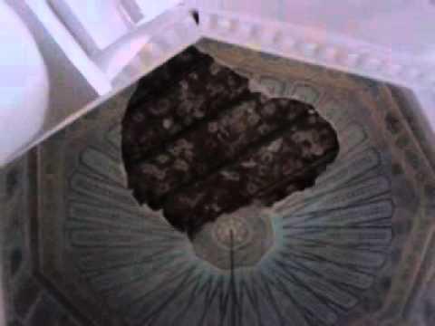 انهيار جزء من زخرفة سقف مسجد الباشا