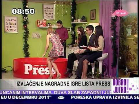 """Jovana Janković - """"Idealna poza za izvlačenje nagrade"""""""