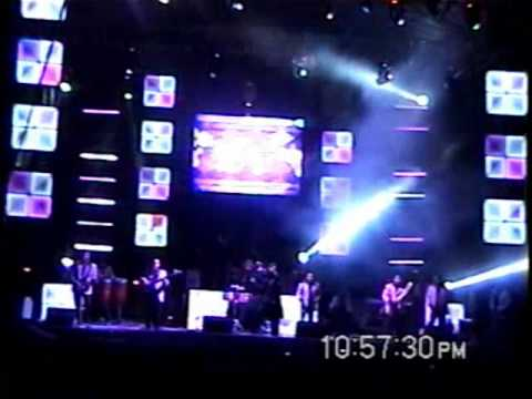 Grupo Chicapala En vivo 2011 Gitana Quiereme.wmv