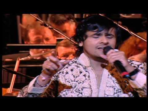 Sonu Nigam Performing Live - Aane Se Uske Aaye Bahar video