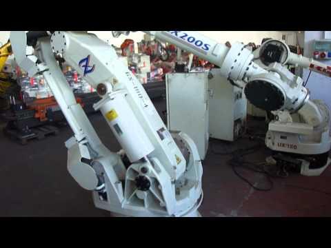 Kawasaki robot ZX200S at www.reprobots.com