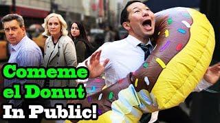 Download Lagu COMEME EL DONUT (Eat my Donut) - SINGING IN PUBLIC!! Gratis STAFABAND