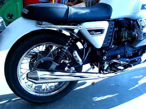 Moto Guzzi V7 Classic Fitted With Staintune Silencers