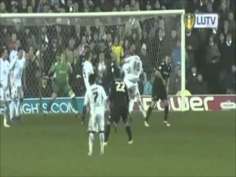 Leeds United Championship Season 2010-2011