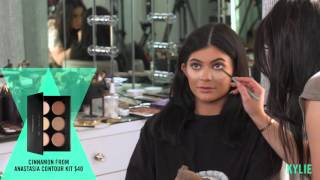 KYLIE GLAM: Smokey Rock Star