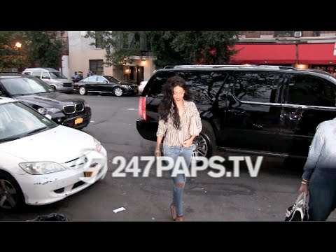 (BrandNew) Rihanna and Adriana Lima have Dinner at Da Silvano Restaurant NYC 07-31-14