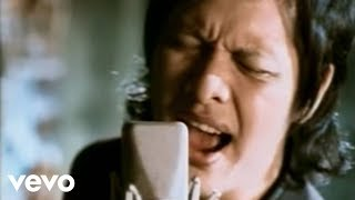 Download Lagu Gigi - Kepastian Yang Ku Tunggu (Video Clip) Gratis STAFABAND