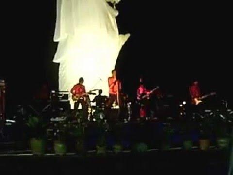 Titiek Puspa - Marilah Kemari ( Cover by Evolution ) Live in Singapore