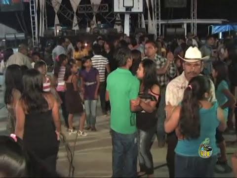 video vir presentacion y popurri los sobrevivientes en pux 2012.mpg