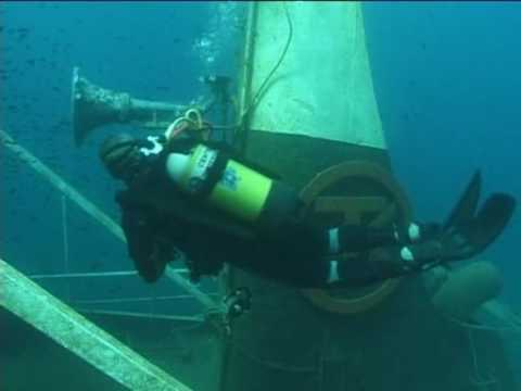 Sul relitto del Tevfik Kaptan 1 di Torre Vado con il Diving & Service di Morciano di Leuca