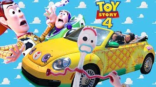 TOY STORY 4 Day Where Kids Play With New Buzz Lightyear