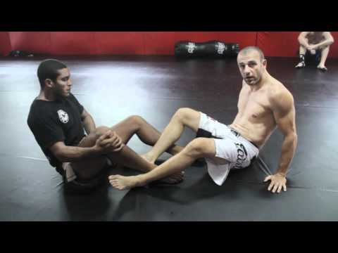Silviu Vulc shows Leg Lock DEFENCE - Phuket Top Team / Sambo for MMA Image 1