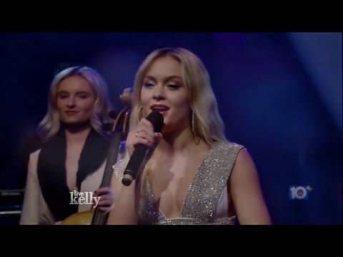 Download Lagu Zara Larsson & Clean Bandit - Symphony - Live @ Kelly [HD] MP3 Free