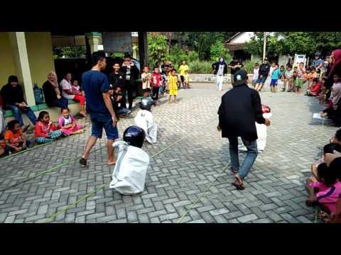 download lagu Lomba Balap Karung Perpisahan Kkn Becek  -  gratis