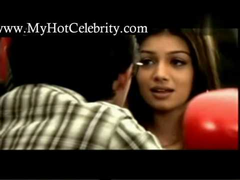 bollywood sexy boobs ayesha takia hot kiss Scene.avi