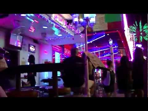 バンコク ゴーゴーバー ソイカウボーイ Go Go Bar, Bangkok Soi Cowboy