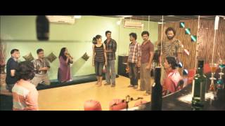 Moodar Koodam - Moodar Koodam -Naveen motivates his friends