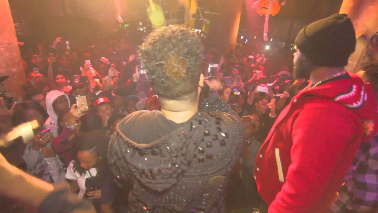 "WTF: iLOVEMAKONNEN Performs ""Tuesday"" and Gets Attacked at SOBs, NYC"